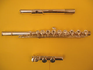 Atelier du chat luthier saxophones clarinettes et for Housse flute traversiere